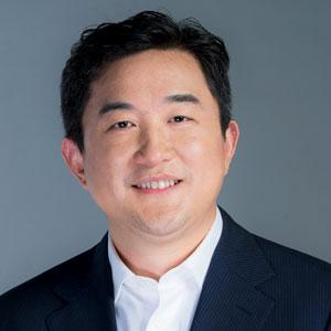 Kevin (Hongxi) Zhang